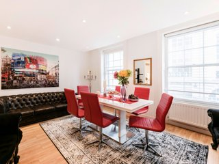 AWESOME PICCADILLY! SUPERHOST DESIGN HOME+SERVICE