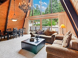Quiet Home Near Tahoe House Bakery & Bike Path - Minutes From Tahoe City