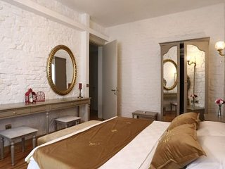 Cozy Hotel apartments very close to Istiklal street
