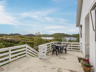 Stunning home in Farsund w/ 4 Bedrooms