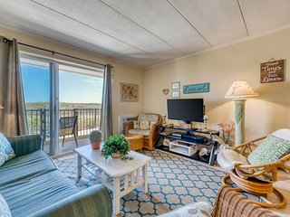 Cozy oceanfront condo with beach views and easy access