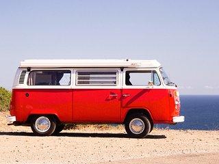 Advantura - Camper Van Rental in Barcelona - VW T2 Kombi