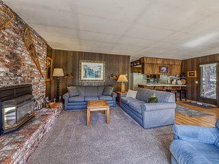 Dog-friendly, pondfront getaway w/ fireplace & furnished deck - close to lake