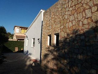 Beautifull Villa 3 bedroom pool long term rental wi fi 600m to beach