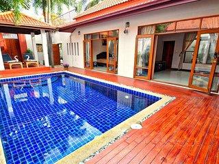 Luxury 6 beds Villa private pool near best beach+market+