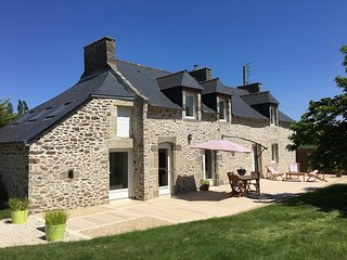 Fabulous property, pet friendly, near to sandy beaches, Dinan, and St Malo