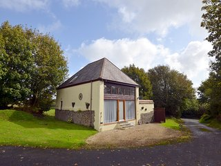 76894 Barn situated in Bideford (5mls E)