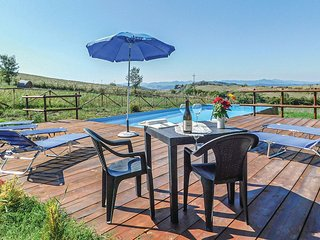 Amazing home in Volterra w/ Outdoor swimming pool and 4 Bedrooms (ITN292)