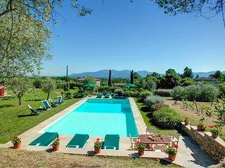 Pieve di San Pancrazio Villa Sleeps 12 with Pool Air Con and WiFi - 5604649