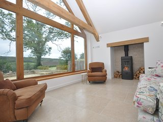 76602 Cottage situated in Stroud (4mls NE)
