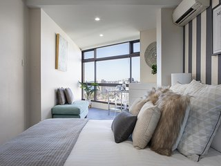 Stunning Sydney Views and Luxury Apartment Living