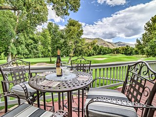 NEW! Modern Dalton Ranch Golf Club Home w/Mtn View