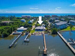 Aquatopia South: 7BR/4BA Beach House, On the river, steps 2 ocean, Heated Pool