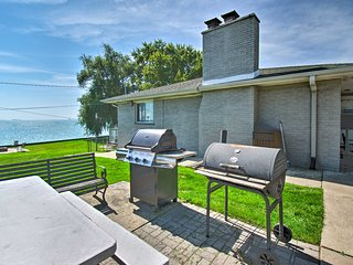 Lakefront Apartment w/ Patio on Lake St Clair