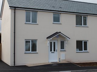 4 Coastal View St Austell a 3 bedroom holiday home 3 miles to the Eden project
