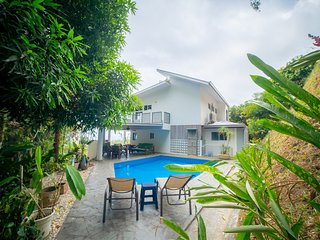 Clearwater Bay Villa - Whale Watching in Costa Rica
