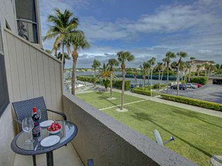 Bay, Pool, Tennis Court Views, 2 Master Suites, Stainless Kitchen, Tile Floors,