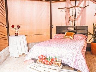 Camping de Lujo (Glamping) - Parador La Mesa Redonda