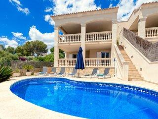 Beach Villa Arran de Mar