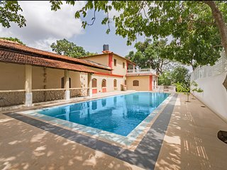 Luxurious 3-bedroom pool villa, near Baga Beach /73969