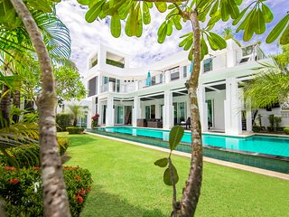 PREMIUM pool villa Pattaya 5 bedroom