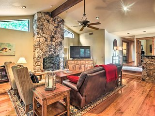 Sedona Home w/ Hot Tub, Minutes to Shops & Dining!