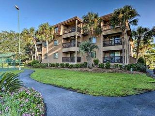 NEW! Hilton Head Condo w/ Amenities + Beach Access