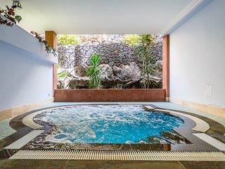 Beautiful apartment w/ private terrace & free Wifi!