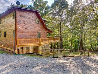 Dog-friendly retreat w/ private hot tub, fenced yard, deck, & game room!