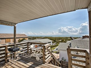Fernandina Cottage: Deck, Direct Beach Access