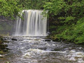 Sgwd  - The Falls