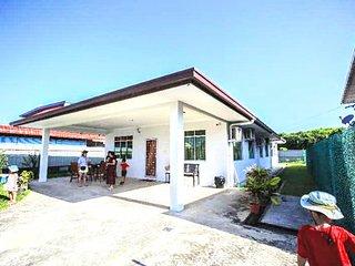 Eric's City Homestay. Sabah