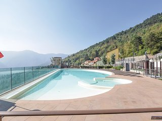 Stunning home in Magliolo w/ Outdoor swimming pool, Sauna and 2 Bedrooms