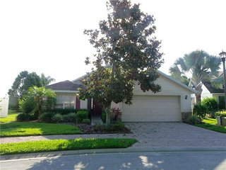 556WP. Beautiful 4 Bedroom Pool Home In Gated Community