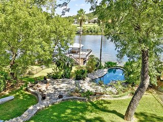 Luxe Lake Austin Estate w/ Pool, Hot Tub & Boat Dock - Overlooking the Water!