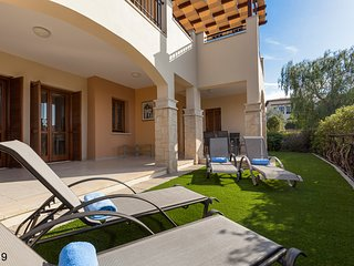 Modern 3 bedroom Ground Floor Apartment, Aphrodite Hills Golf and Spa Resort