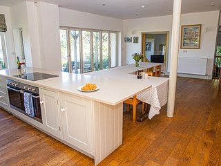 Main House (White Horses) - Stunning coastal property in Bantham, South Devon
