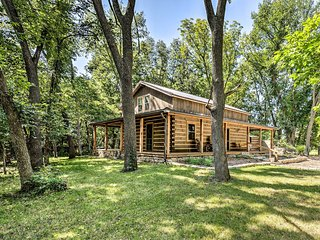 NEW! Private Chase County Cabin on Middle Creek!