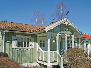 Beautiful home in Länghem w/ Sauna and 3 Bedrooms