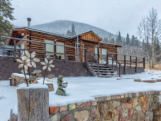 Zuni's Cabin - Cozy, Romantic Cabin in Leadville, Colorado