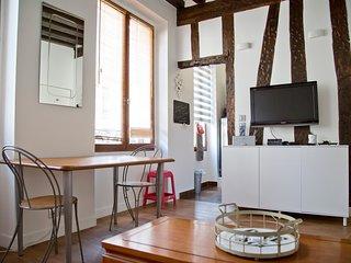 Studio de charme rue des Rosiers Coeur du Marais