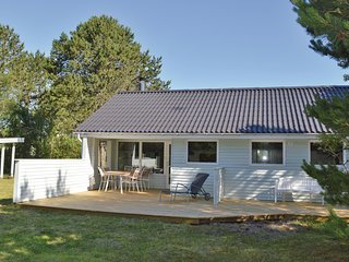 Nice home in Ålbæk w/ WiFi and 4 Bedrooms (A16987)