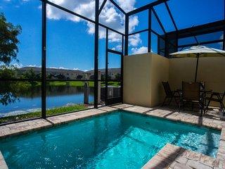 Enjoy Florida sunshine this summer! 3117