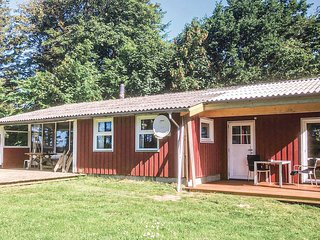 Nice home in Hjørring w/ Sauna, WiFi and 3 Bedrooms (A05475)