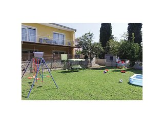 Awesome home in Kastel Luksic w/ WiFi and 1 Bedrooms