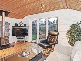 Beautiful home in Kyrkesund w/ 3 Bedrooms