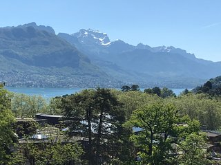 La-Haut Appartement - Plein centre d'Annecy & Terrasse Vue Lac