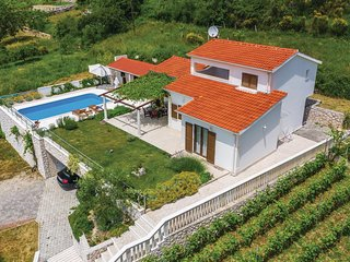 Amazing home in Blato na Cetini w/ WiFi and 3 Bedrooms