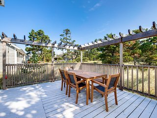 Dog-friendly home w/ wrap-around deck & grill - blocks to the beach!