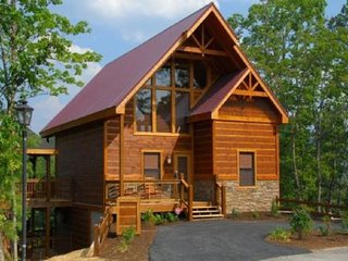 A Suite Mountain Escape - 3 Bedrooms, 2 Baths, Sleeps 8